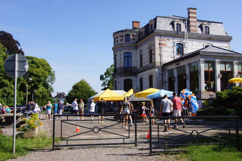 Le royal tennis club d am e jambes for Cours de tennis en ligne